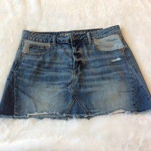 American Eagle Mini Skirt 12 Distressed Frayed L